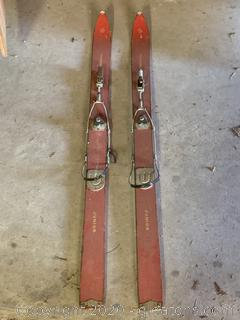 Foremost Junior Skis (Vintage)