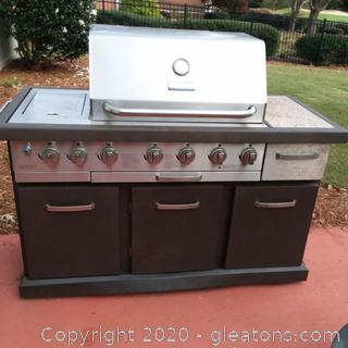 Kenmore Elite Gas Grill with Cover