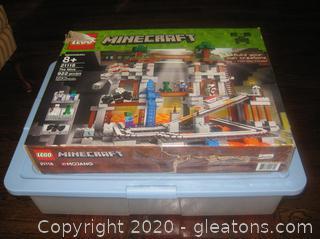 "Minecraft Lego Set ""The Mine"""