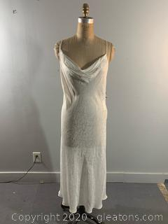 Elegant Saks Fifth Avenue Long Sleeveless Dress - NEW WITH TAGS (L)