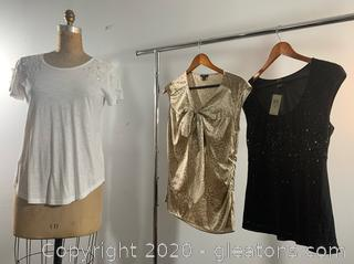 3 pc Lot of Ann Taylor Short Sleeve Dress Shirts (M & 6)