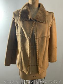 Saopaulo Fur Ladies Lined Winter Coat (size 6)