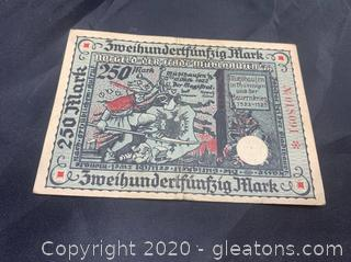 Circulated 1922 German 250 Mark Note