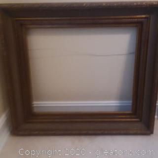 Beautiful/Gold Tone Ornate Picture Frame