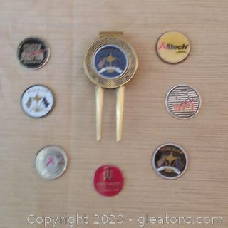 Golf Ball Marker with Assorted Replaceable Center Medalions-See description