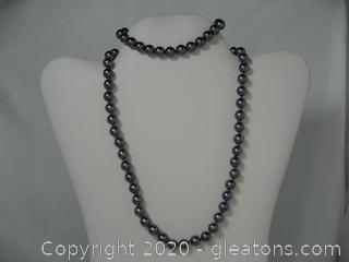 Set of Dyed Black Pearls