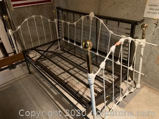 Iron Framed Day Bed Trundle Bed