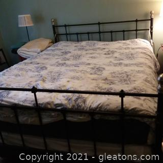 Queen Size Metal Frame Bed Black with Silver Accents