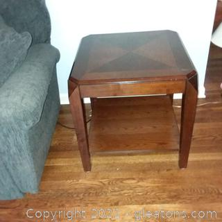 Coaster Company 2 Tier End Table B