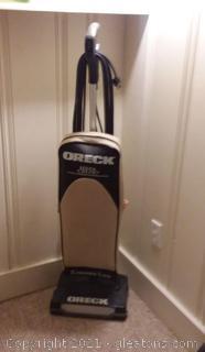 Oreck XL21 Vacuum Cleaner