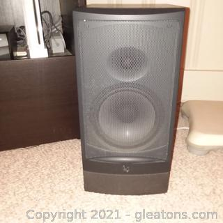 Pair of Infinity RS3 Bookshelf Speakers Only One is shown in First Picture