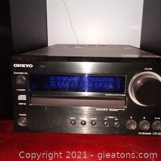 Onkyo CR325 CD Receiver 2 Speakers and Remote