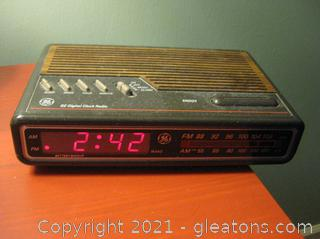 GE Digital Clock Radio