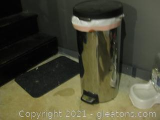 30L Simple Human Round Step Can