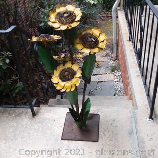 Sunflower Outdoor Yard Art- Metal