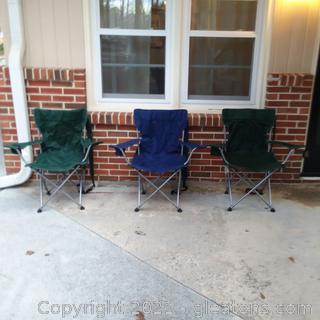 4 Folding Canvas Chairs Only 3 Pictures