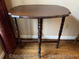 Cross Legged Oval Foyer Table