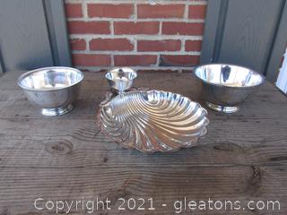 3 SilverPlate Serving Pieces /  Bowls has Plastic Liners [2 of the pieces have the WM Rogers Sticker on them the 3rd piece might be just no Sticker]