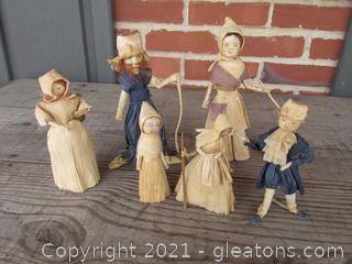 Lot of 6 Corn Husk Figurines