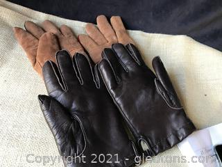 Two pairs men's gloves size L