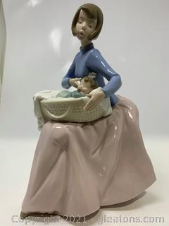 """NAO by Lladro """"Bundle of Love"""" #1214"""