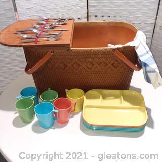Large Picnic Basket Set