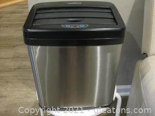 Modernhome Brushed Stainless Steel Motion Senser Gym Laundry/Trash Can