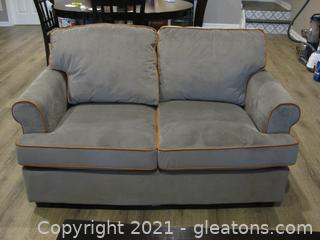 Pier 1 Poly/Cotton Loveseat-Like New