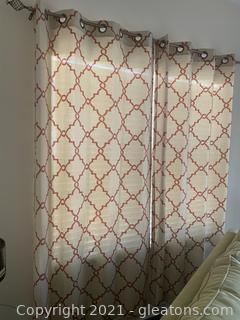 2 Curtain Panels W/Rod