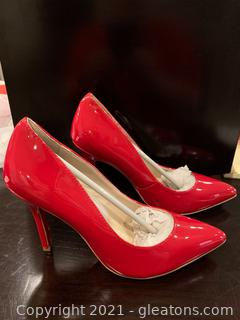 New - NEVER WORN Red Christian Louboutin Heels (Euro size 40)