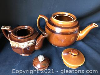 Two brown tea pots