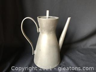Pewter tea/coffee pot signed Bongusto Italy