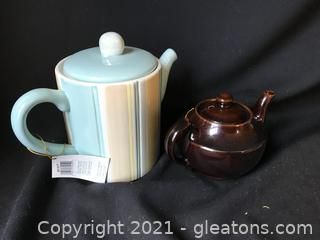 Two tea pots one new small one vintage