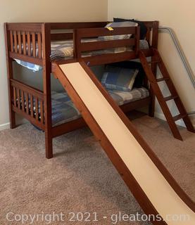 Maxwood Kid's Bunk Bed With Slide, Ladder and 2 Serta Halloworth Mattress