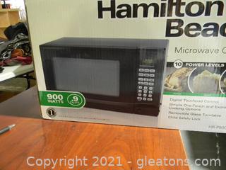 Hamilton Beach Microwave Oven 900 Watts (9 C4.F1) New In Box