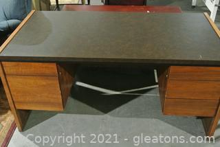 Wood Desk With Laminate Top