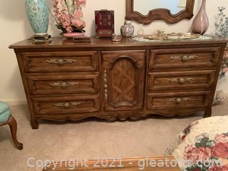 9 Drawer Drexel Dresser