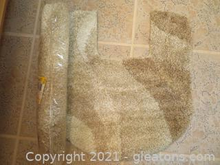 Two New JC Penneys Classic Traditions Contour Bath Rugs