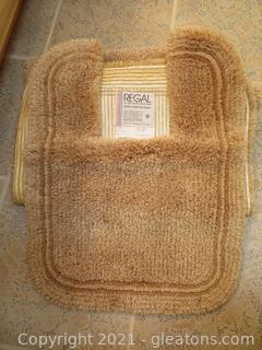Vintage Regal Bath Rug and Contour Toilet Rug-Sand