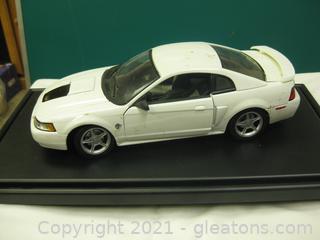 Die Cast Metal-1:18-Scale 1999 Mustang GT Hardtop
