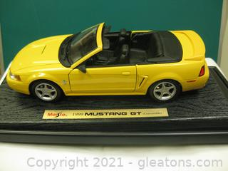 Die Cast-1:18 Scale 1999 Mustang GT Convertible