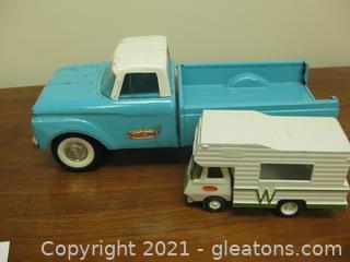 2 Vintage Tonka Trucks , Both Metal, in Good Shape