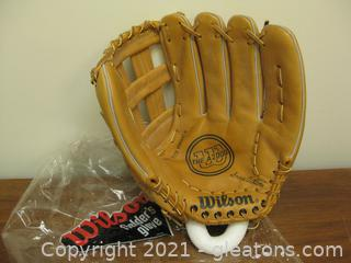 "New Wilson Left-Handed 11.5""-12""  Softball-Size Fielders Glove"