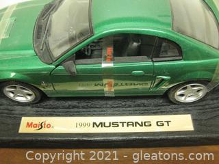 Die Cast Metal 1:18 Scale 1999 Mustang GT Hardtop