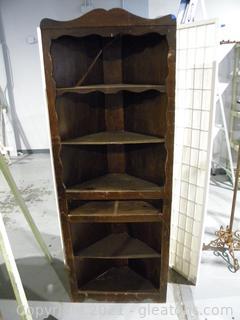 Scrolled Corner Bookshelf
