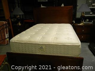 Cherry Finish Paneled Queen Bed (with Mattress & Box Springs)