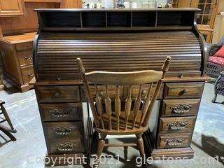 Roll Top Desk W/Oak Spindle Chair