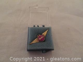 One Delta Air lines Ten Year Service Pins (Pre 1978) New In Box (A)