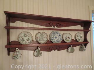 Pretty Five Cup and Plate Wooden Hanging Shelf