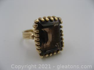14kt Yellow Gold Smokey Quartz Ring